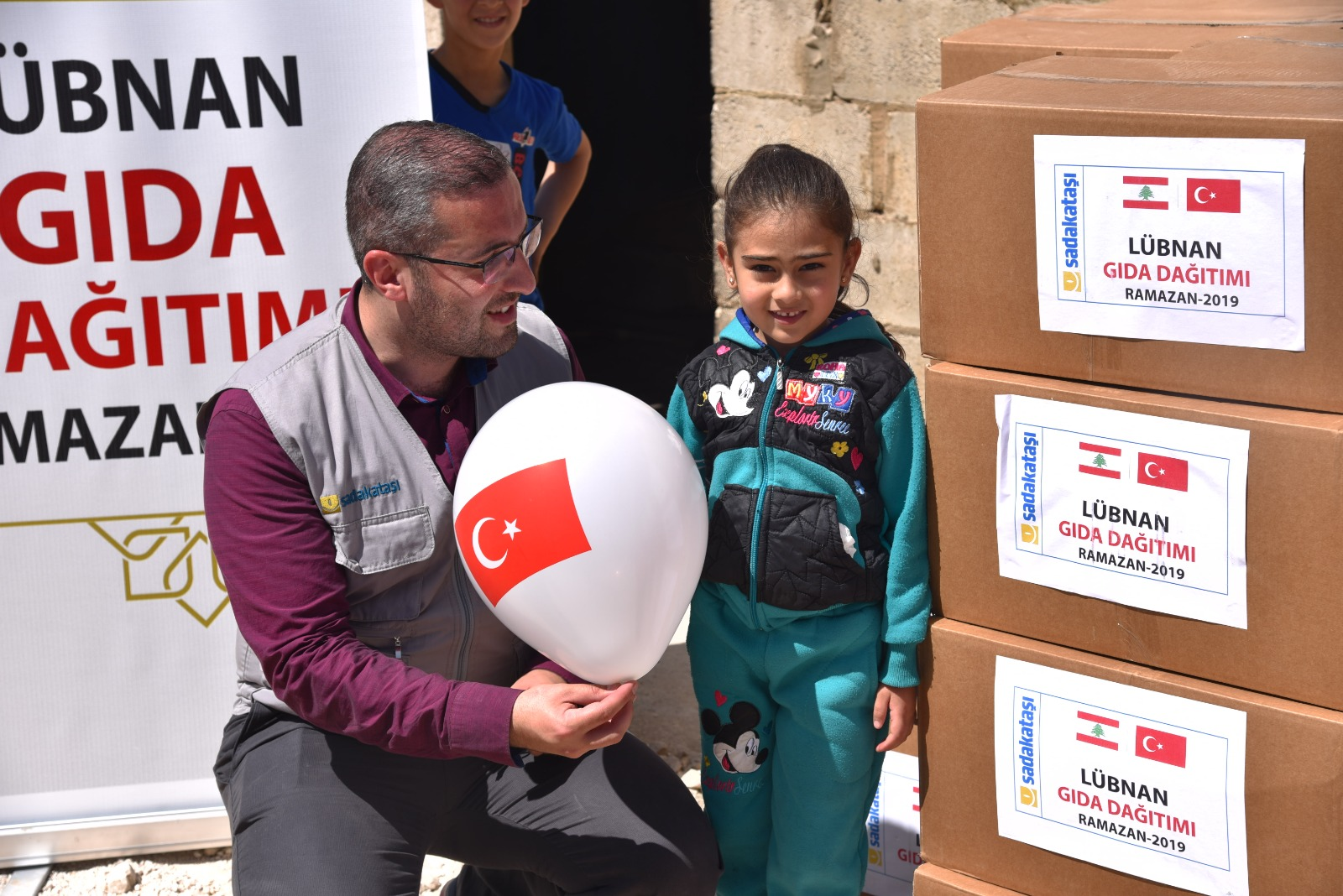 Lübnan'a Ramazan yardımları