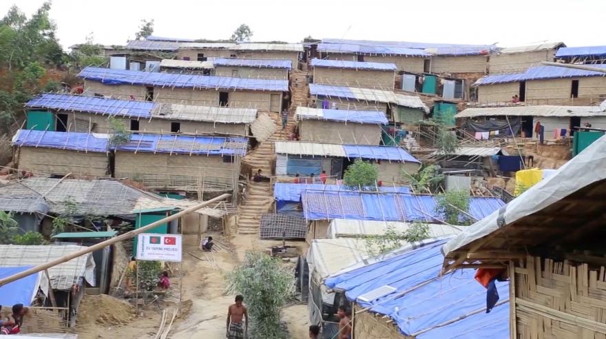 Arakanlı Mültecilere Sadakataşı Köyü
