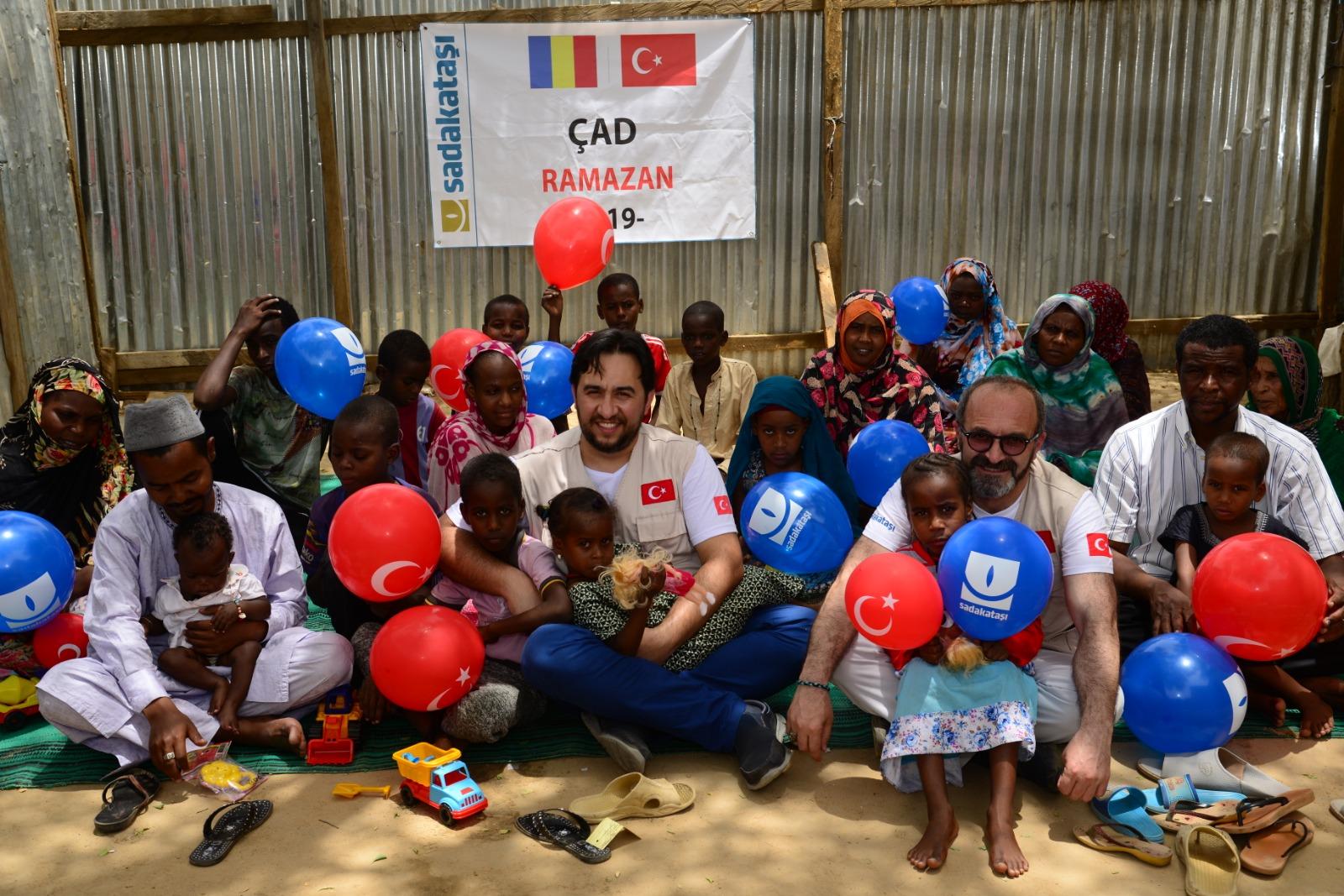 Çad'da ihtiyaç sahiplerinin yüzleri güldü